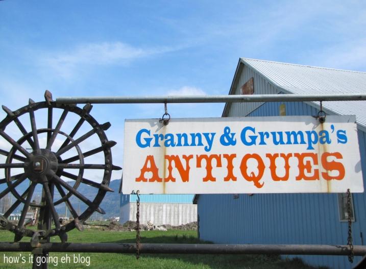 Granny + Grumpa's - 03