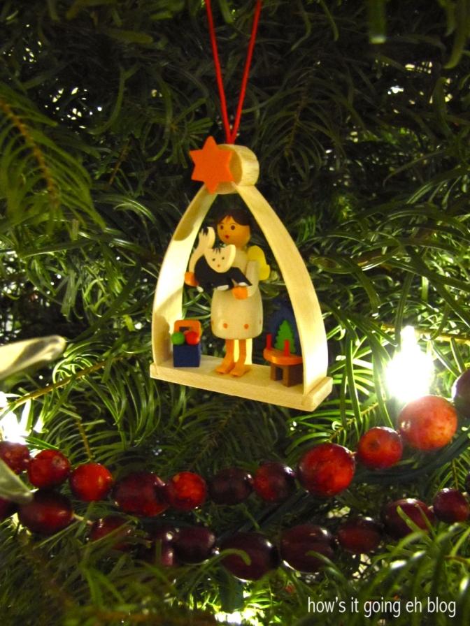 Christmas Village '13 - 18